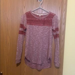 New lace design high low crew neck shirt